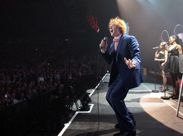 image-5-for-gallery-simply-red-at-the-metro-radio-arena-newcastle-gallery-294208487
