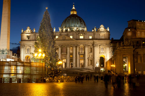 ST. PETER'S WEARS NEW LIGHTS AT CHRISTMAS